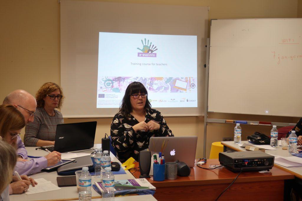 E-EVALINTO course is presented by Alicia García-Holgado